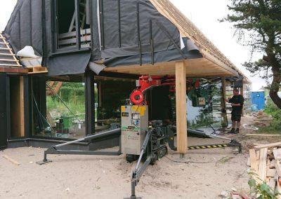 Ameland | grote triple ramen plaatsen in woning.